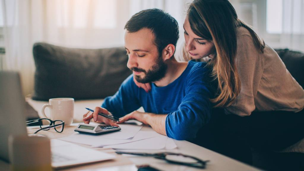 couple working out finances together