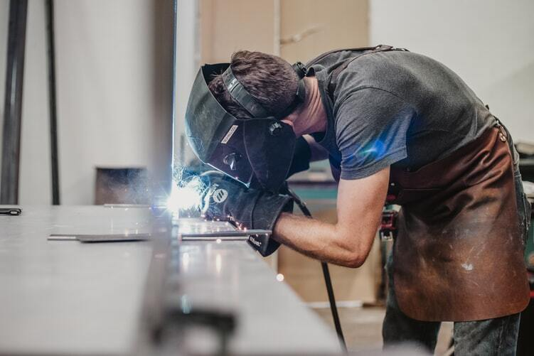 Tradies beware: Five workplace cancer risk factors