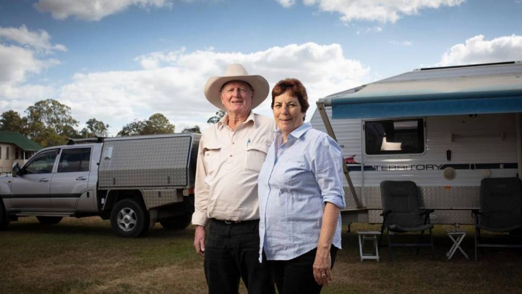 Judy and Erle Williamson travel full-time whilst still finding work all around the country.