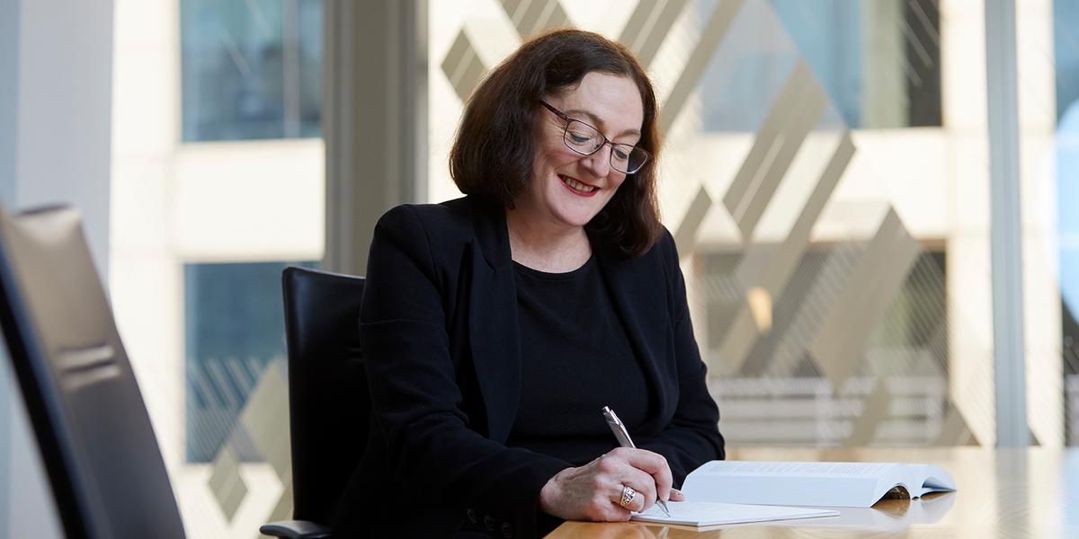Paula Shelton, Medical Negligence lawyer