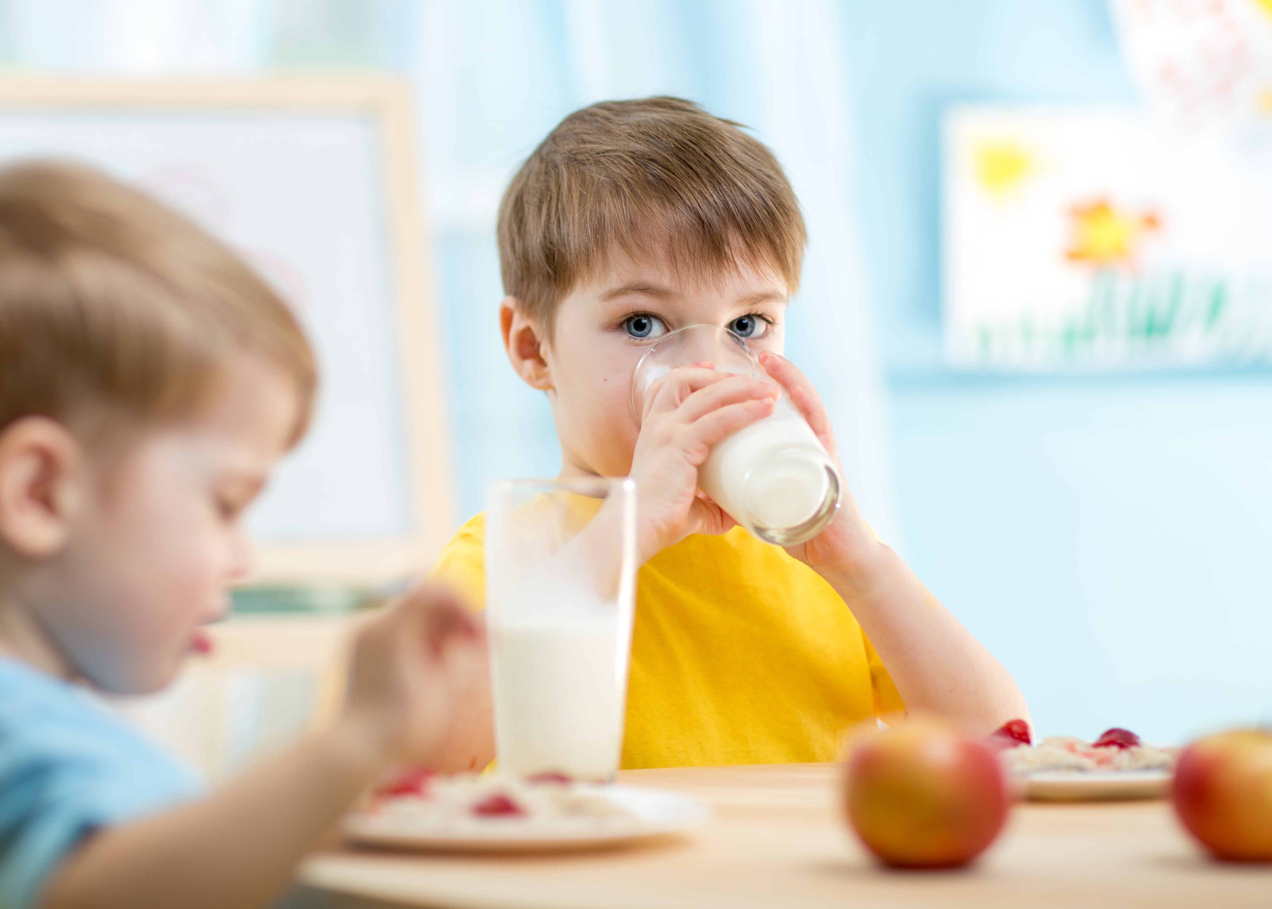 Morning milk for toddlers: How to get kids excited to drink their milk