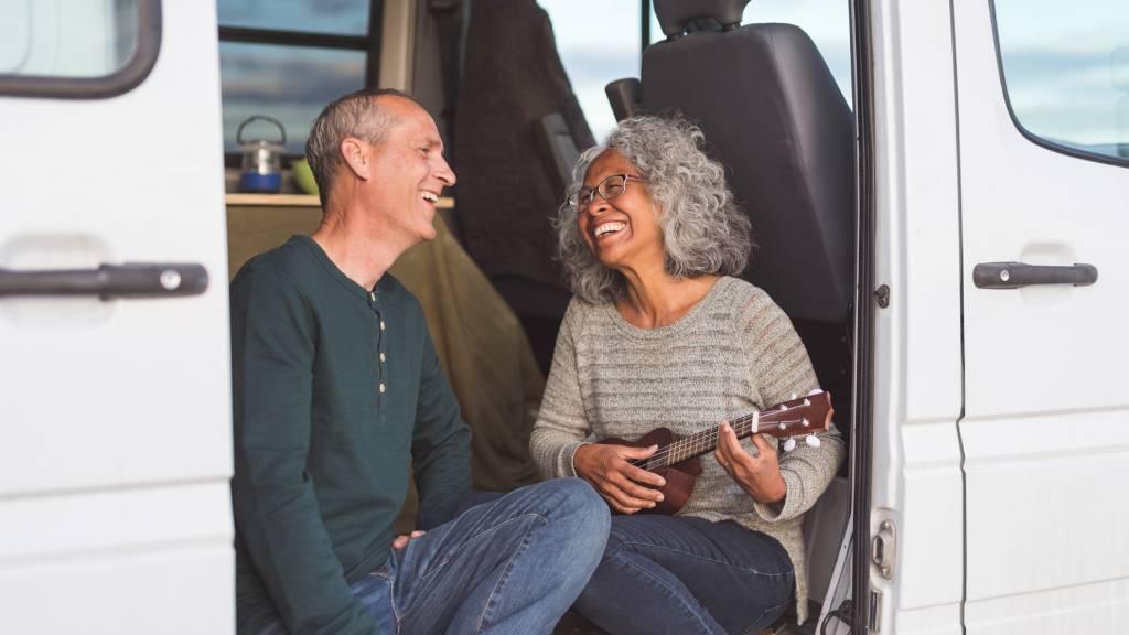 senior nomad couple on road trip